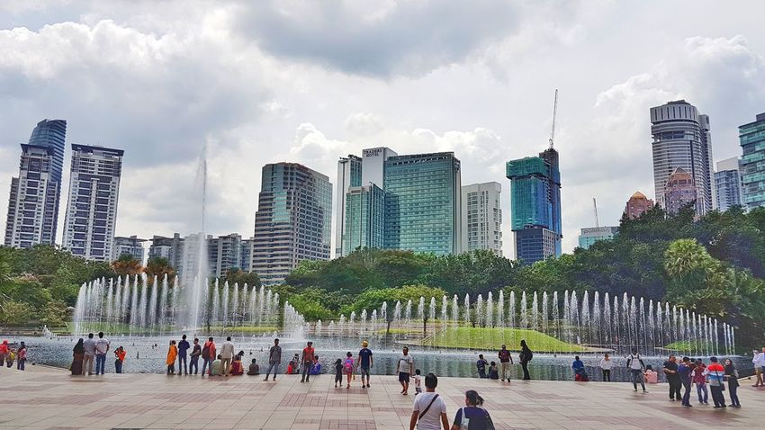 City Modern Architecture Cityscape Outdoors Water City Life Fountain Fountain Show Twintowerkualalumpur Twintower Pitronas