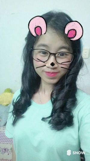 Made By Sister Girl Cute Beautiful Night Smile Mouse Natural Beauty Hihi Snow Selfie ✌ 很可爱 Hớn Ha Hớn Hở Vietnamese Piaoliang 18 Khitoi18 New Hair Glass Blue Eyes Chaiyo 加油 Be Strong Girl