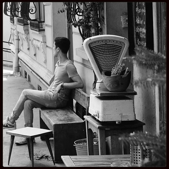 Take the weight off your shoulders Relaxing Istanbul Blackandwhite Monochrome