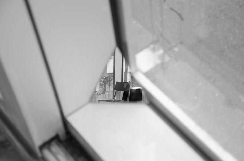 Hole. Hole Reflection Mirror