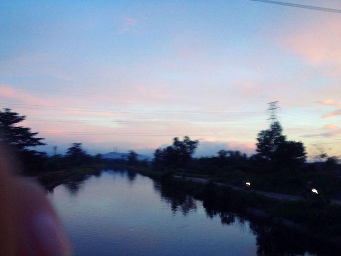 This is life, haha. Senja  Pink Dusk Dusk Light Dusk In The Sky Sky Tumblr Dusk Life EyeEmNewHere