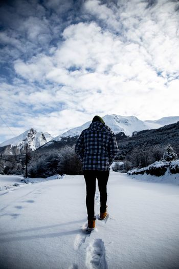 Photography Photo Landscape EyeEm Selects Snow Cloud - Sky Winter One Person Sky Full Length Lifestyles Mountain Scenics - Nature Rear View Beauty In Nature Leisure Activity Nature Snowcapped Mountain Standing Cold Temperature Men Day Warm Clothing Real People A New Beginning