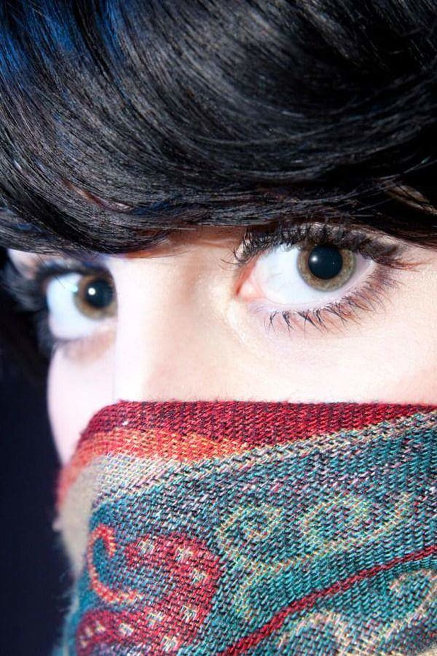 looking at camera, portrait, one person, close-up, headshot, indoors, human eye, young adult, human face, real people, adult, adults only, warm clothing, people, day