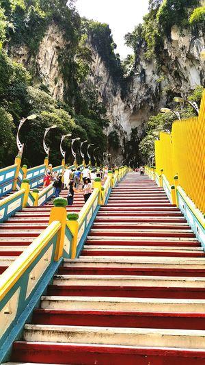 RePicture Travel Batu Caves Kuala Lumpur Malaysia  Steps Indian Festival Thefamousplace Festival Thaipusam