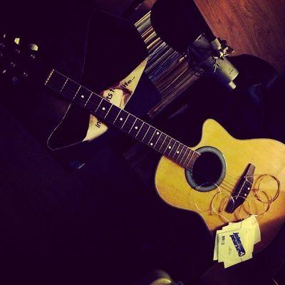Fullspiral Guitar More Strings to /_\