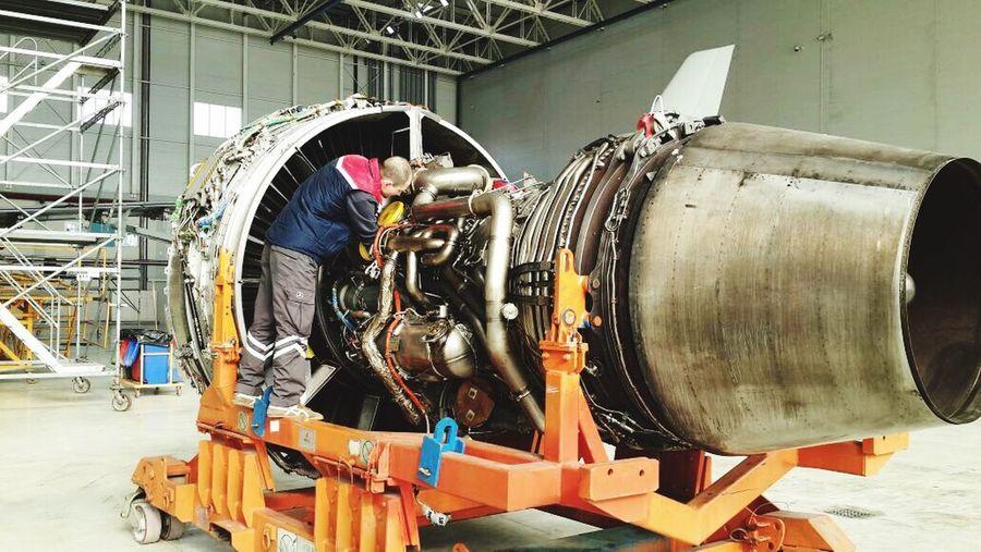 Aircraft engine % Repair