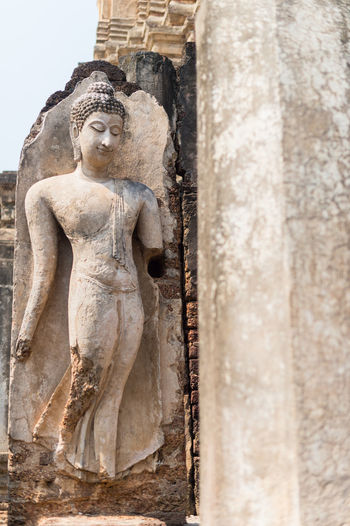 Sculpture Art And Craft Human Representation Statue Spirituality Representation Religion Male Likeness Belief Place Of Worship History Architecture Craft Creativity The Past No People Travel Destinations Ancient Built Structure Stone Material Ancient Civilization Outdoors