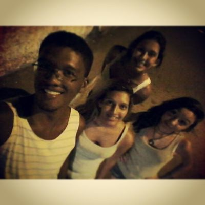 O quarteto mais fantástico reunido. Migs Likeforfollow Love Picture crazy friends smiles bests
