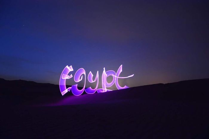 "Egypt ""light painting"""