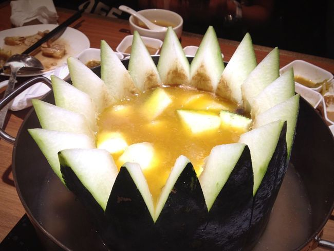 Goodfood Eating Wintermelon Hotpot Fruit Check This Out Dinnertime Dinner Shabu-shabu Funny Delicious Yummy Awesome Hungry