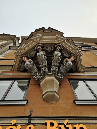 Looking Up Balcony No Edit/no Filter Huaweiphotography Leicacamera City History Architecture Building Exterior Built Structure Civilization Window Box Napoli