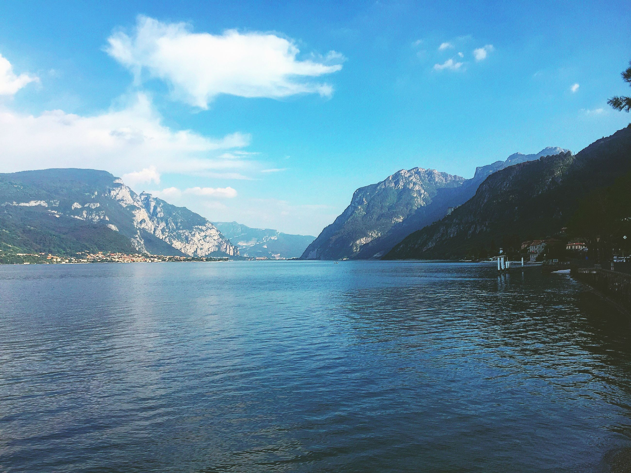mountain, scenics, tranquility, beauty in nature, tranquil scene, nature, water, mountain range, idyllic, sky, no people, lake, waterfront, outdoors, day, rippled, landscape, view into land