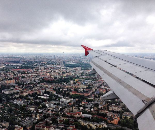 Hallo Berlin😊🙋🏻 Flying From An Airplane Window IPhoneography Up In The Air EyeEm Best Shots Eye4photography  From Above  Berlin - Zürich