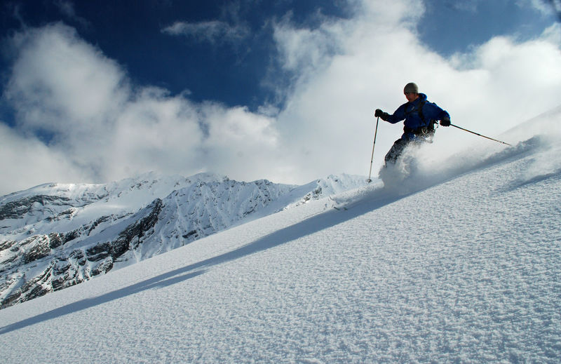 Adventure Cold Temperature Day Extreme Sports Full Length Leisure Activity Low Angle View Motion Mountain Moving Down Nationalpark Berchtesgaden Nature One Person Outdoors People Real People Ski Holiday Ski-wear Skiing Snow Sport Vorderberghörndl Winter