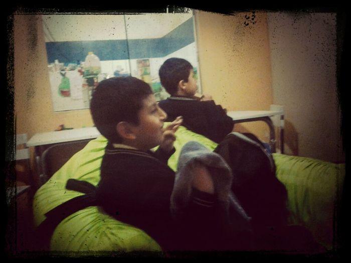 Mis Hermanos Viendo #AFHS XD