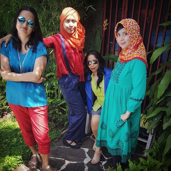 Arisan ExIMMommies, at Kembang Kencur - Halo Niko, South Jakarta. ImpressiveMindsMoms Photoshot By ITag Friends By ITag Arisan IMCH By ITag Arisan Ex IMLC's MOMs By ITag