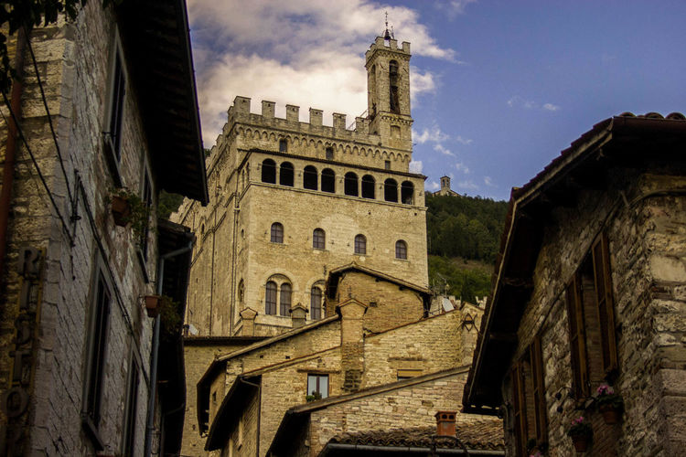 Itaytrip Arch Architecture City Gubbio Italy Medieval Architecture Travel Travel Destinations Umbria