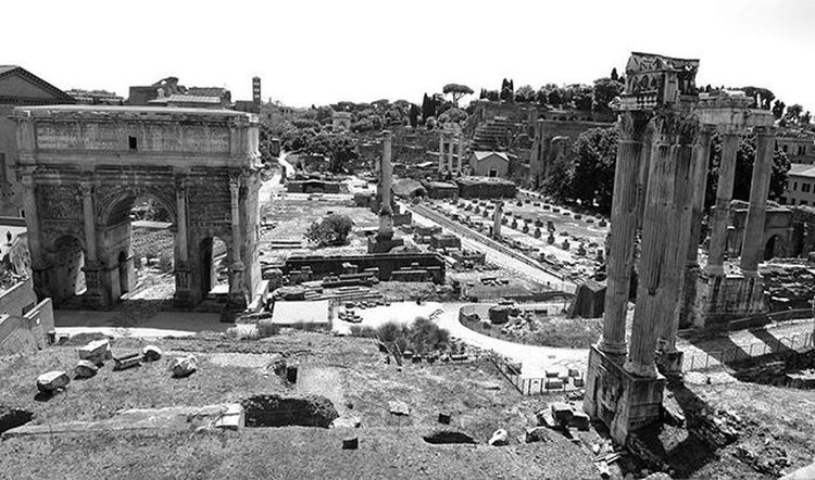 Myrome Myroma Rome Roma Romanforum Ancienthistory Ancient History Ruins Temples Pagantemples Pagan Architecture Arch Septimusserverus Archofseptimuaserverus Landscape Buildings Emperor Imperialrome Romanrepublic Lifeasiseeit Johnnelson Picoftheday Photooftheday
