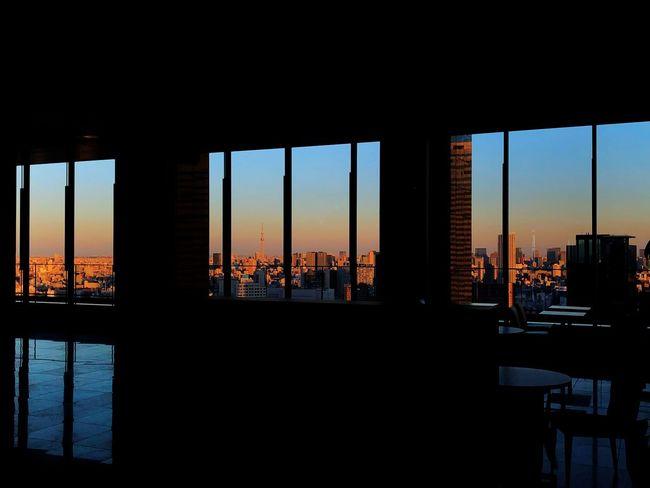 From my apartment(I wish) Sunset in Winter. Cinemaparadiso Tokyo Cafe Window Sunset City Skyscraper