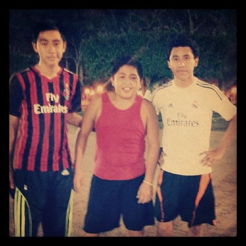 Amigos !! :) Cute TBT  Like Futbool me realmadrid ay followback