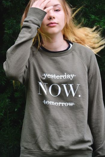 Live now Text Casual Clothing One Person Outdoors Day Close-up People Front View Fashion Word Words Wisdom Words Of Wisdom... Live Now Now Text