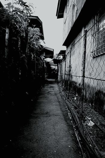 Alleyway Eye Em Photography Edit Eye Em Edit Portait Photography Filter Path Life Eye Em Gallery Urban Province Blackandwhite Blackandwhite Photography Filter Built Structure Architecture Building Exterior No People Day Outdoors City EyeEmNewHere EyeEm Ready   AI Now
