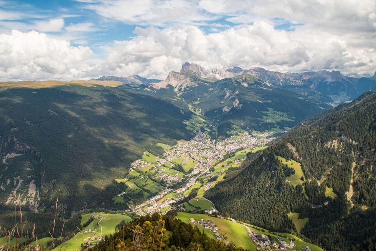 Wide view from the peaks of the siusi alps