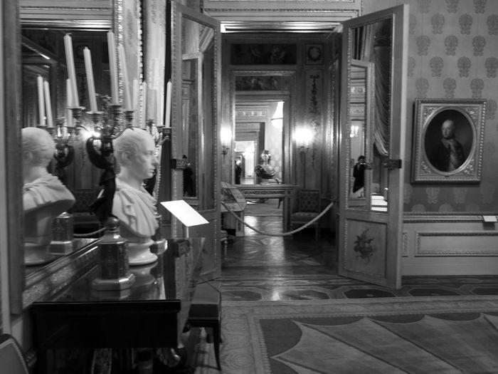 all alone..Blackandwhite Museum Architecture_bw Interior Design Me, My Camera And I