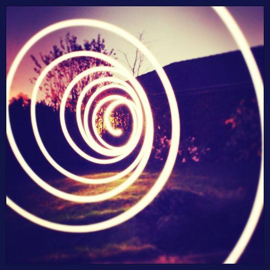Lichtmalerei mit einer led taschenlampe und einer Nikon D5100 Nikon D5100 Lichtmalerei Garten