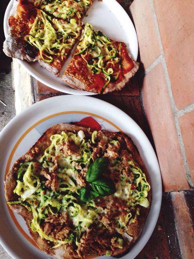 Pizza Pizza Time Homemade Homemade Pizza Evenig Friends Serata Amici Casa Farina di Segale Spaghetti di Zucchine Home Sweet Home Casadolcecasa sono una genia