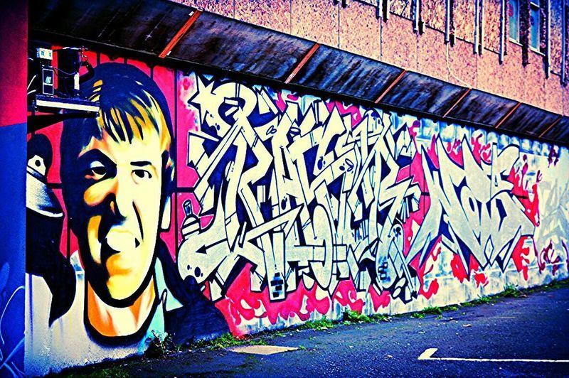 Somethingdifferent Street Art Belfaststreetart Streetphotography Belfast Mcgaffinphotography BeCreative Colorsplash Graffiti
