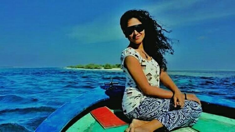 Hotgirl EyeEmBestPics EyeEm Best Shots Beautiful Day My Country In A Photo Islandgirl Hello World Green Day Blue Ocean Blue Sky one of my best pic. 😘🌷