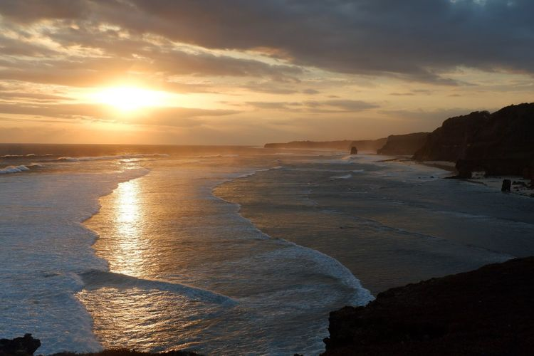 Sunset Sky Water Sea Scenics - Nature Beach Beauty In Nature Nature Horizon Over Water Cloud - Sky Land Orange Color Tranquil Scene Horizon Reflection Sunlight
