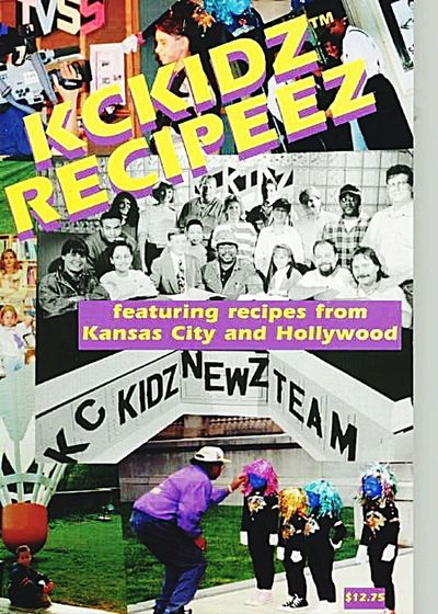 Paint The Town Yellow kckidz recipeez Multi Colored Lifestyles Reggie Banks Sr Blackberry Castle Photography Multimedia Journalist Arts Culture And Entertainment Togetherness Communityservice Nonprofit Social Media Literacy Pros And Cons Performing Arts The Week On EyeEm