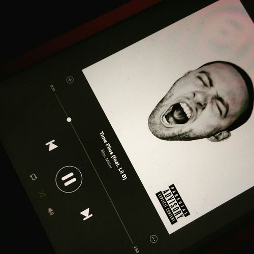 MacMiller Morgenistschonwiedermontag Cry