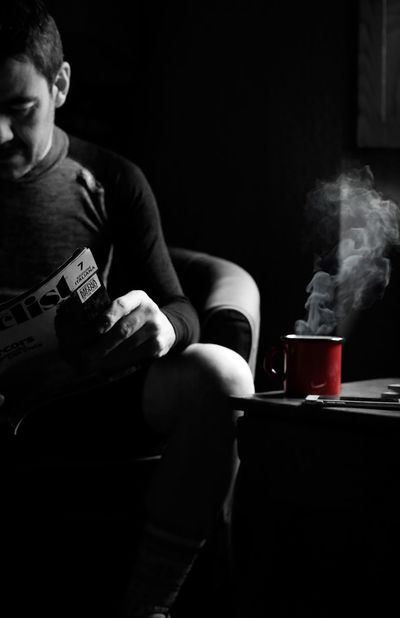 Real People Smoke - Physical Structure Casual Clothing Caffè Relaxing Cyling Moments Cyclingbreak