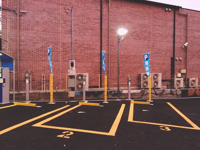 Parking Empty Streetphotography Concrete Light Yellow Red Streetphoto_color Urban Geometry Street