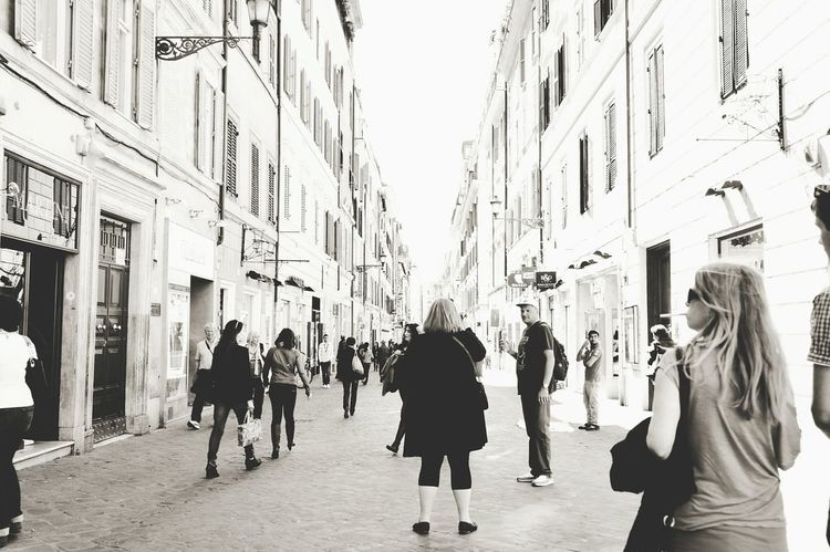 Streets Rome Italy Monochromatic Rome_bigcity Monocrome Design Black And White Walking Alone... EyeEm Best Shots - Black + White Streetphotography Streetphoto_bw