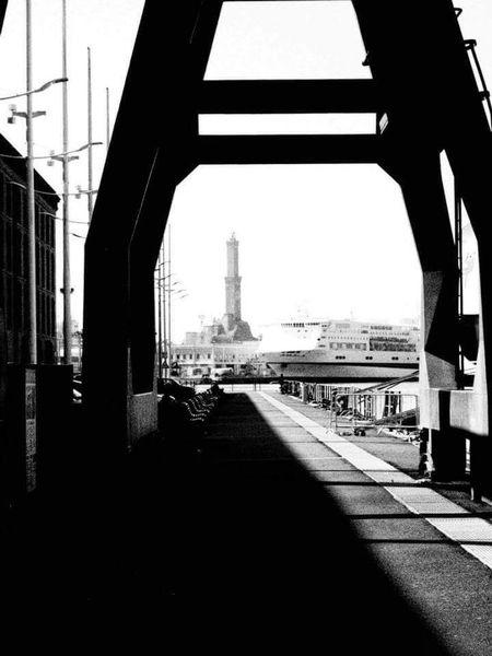 Lanterna Di Genova Porto Di Genova