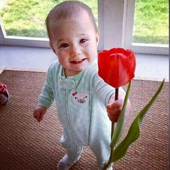 Cutebaby Given Flowers