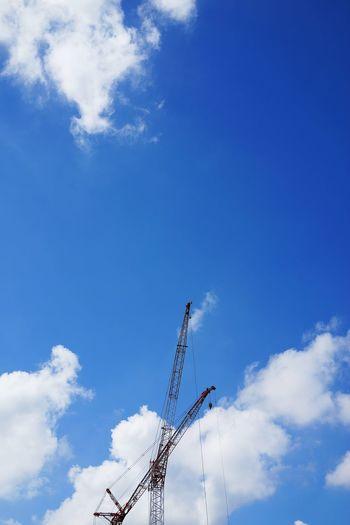 夏空とクレーン Sky