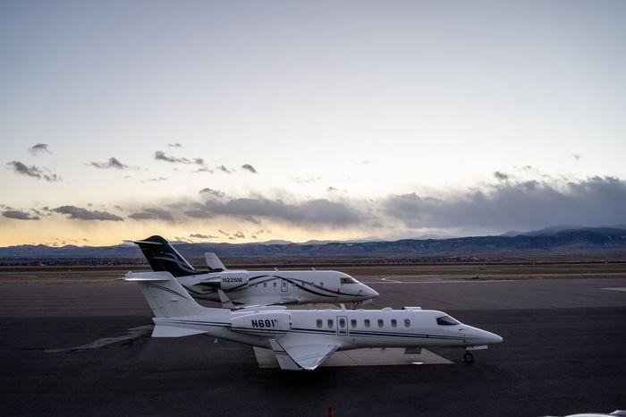 Sky Air Vehicle Airplane Transportation Mode Of Transportation Sunset Cloud - Sky Mountain Colorado