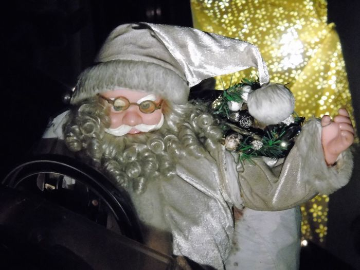 Christmastime Close-up Costume Eyeglasses  In Neighbours Garden Indoors  Night Santa Santa Claus Santa Claus🎅 Who Is The Right One