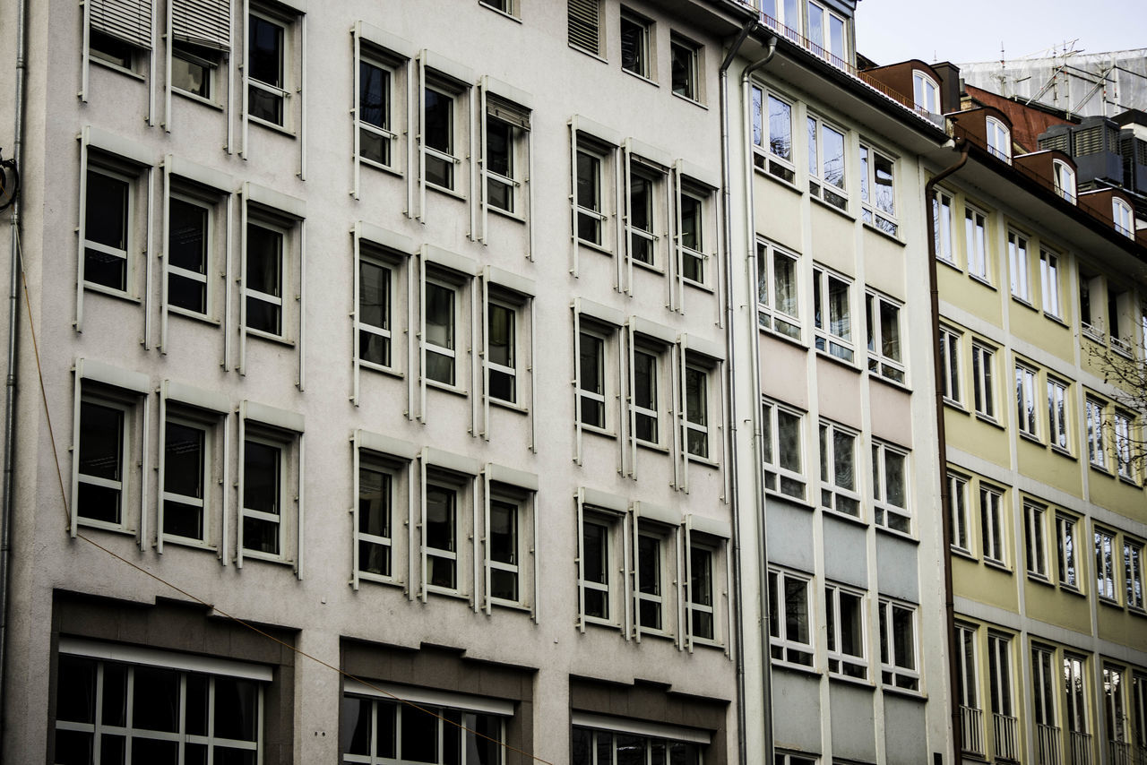 architecture, building exterior, window, built structure, outdoors, day, low angle view, no people, city