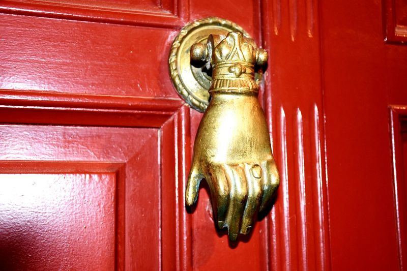 When I saw the doorknob I had to take a picture, that's so brilliant 😆Colour Of Life Holidays ☀ Creta ❤ Doorknob Helloworld