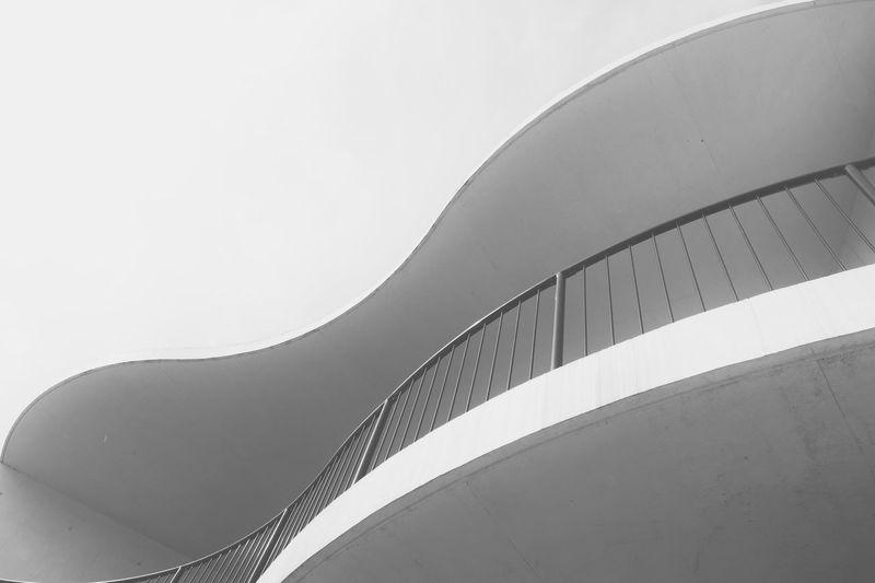 curves ... Taking Photos Eyeem Market Shaping The Future. Together. Monochrome Blackandwhite Architecture Minimalism Deutschland Throw A Curve