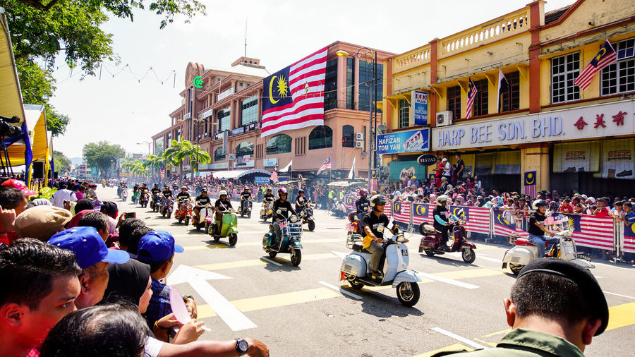 Public peoples watching a motorcycles convoy at Malaysia national independace day. Classic Creativity Gang People Watching Road Transportation Club Crowd Festival Hobby Many Motorcycles Outdoor Outdoors People Public Ride Riding Riding Bike Showcase August Sport Street Street Photography