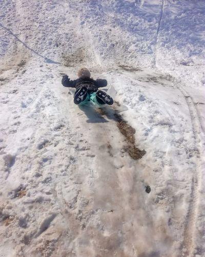 Sliding Snow ❄