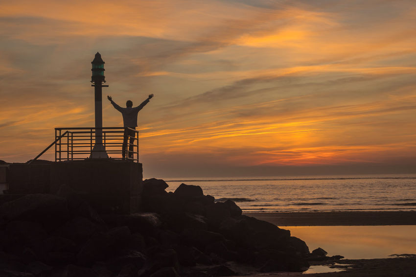 In front of the ocean Atlantic Ocean Beauty In Nature Cloud - Sky Horizon Over Water King Of The World Lighthouse Nature No People Orange Color Outdoors Rock - Object Scenics Sea Silhouette Sky Sunset Tranquility Water Summer Exploratorium