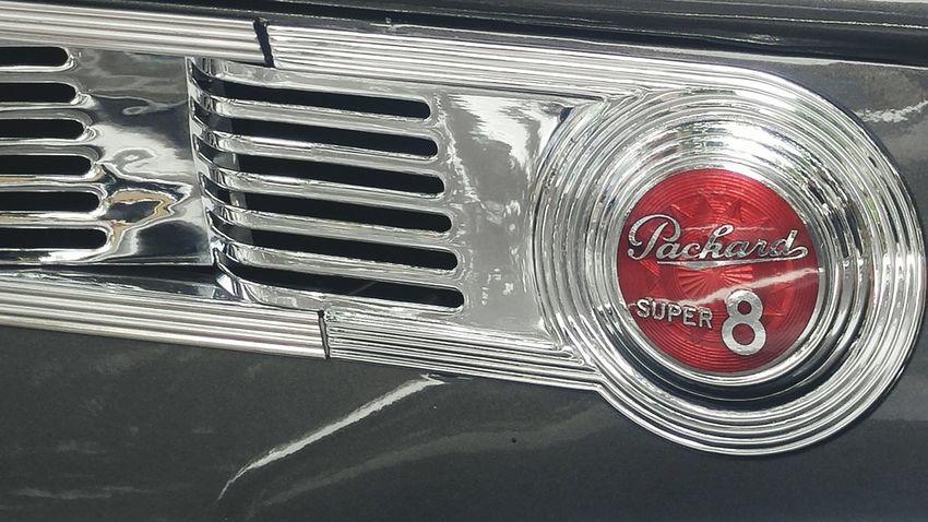 Packard Super 8 Vintage Cars Emblem